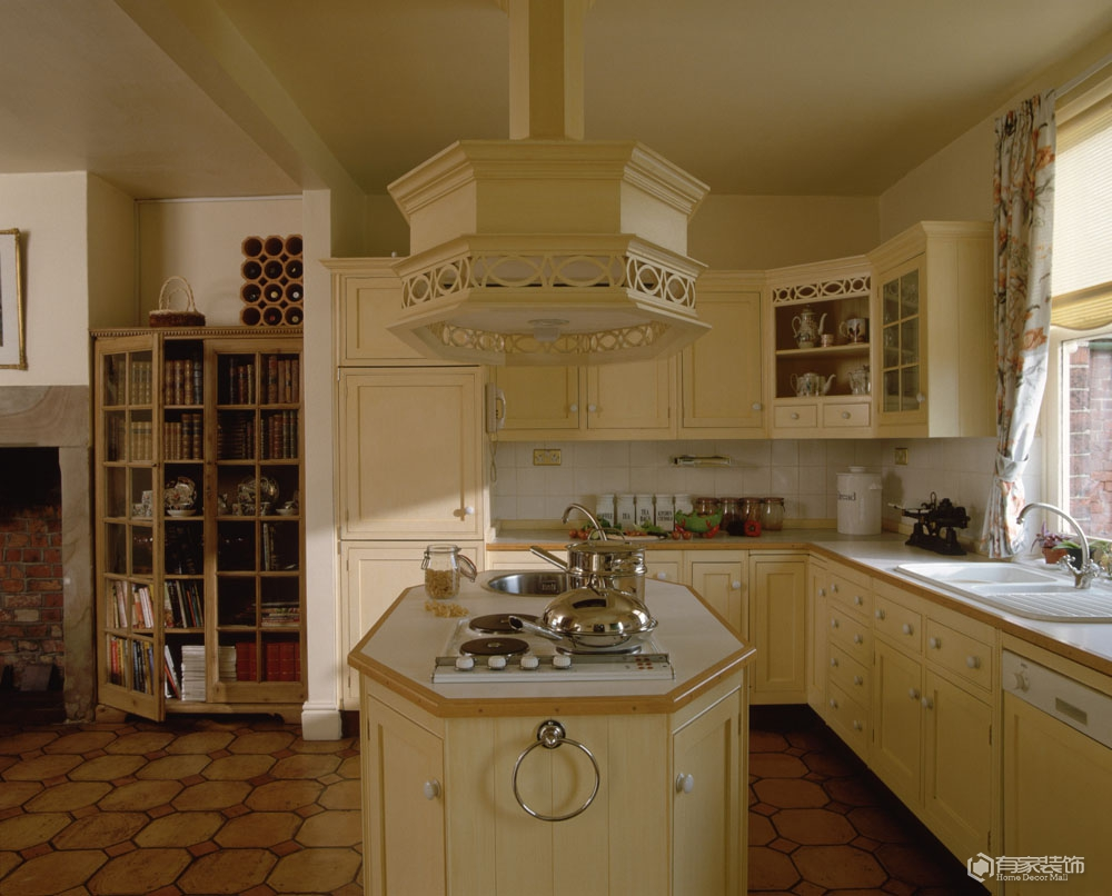 一间时尚又干净厨房该如何装修?