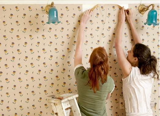 自行动手贴壁纸技巧  你get到了吗